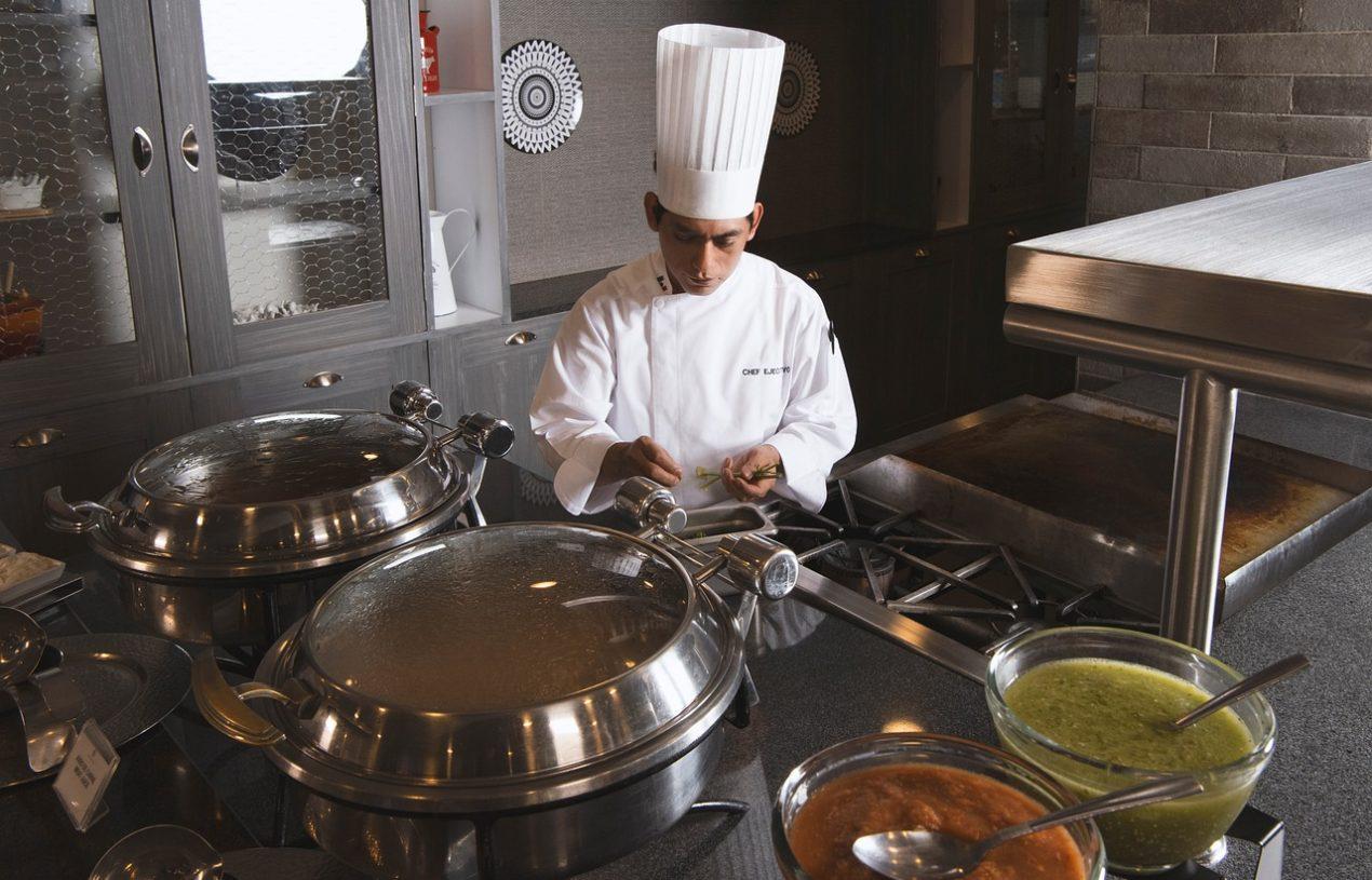 Les facteurs à considérer lors de la sélection d'équipements de cuisine