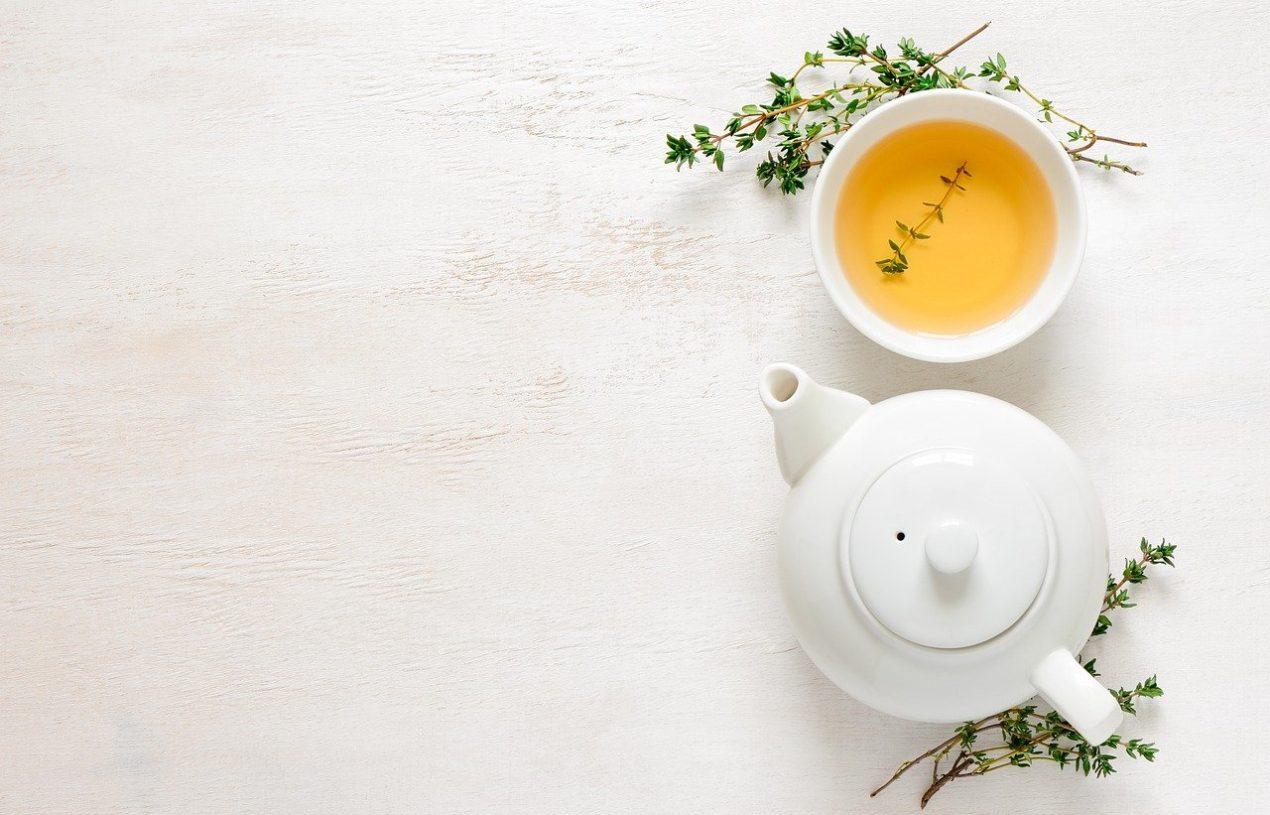 Les boissons qui soulagent les maux d'estomac